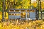 Groovy New Tiny House with Full-Size Appliances Can Sleep 8